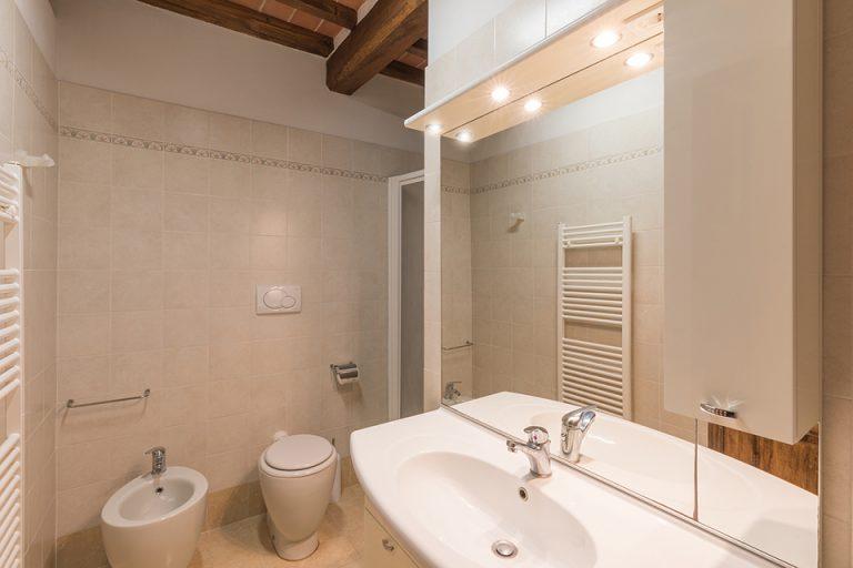 Apartament Lucignano Dolce dimora bathroom