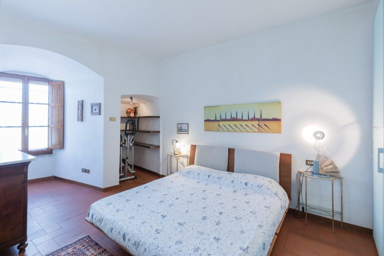 Apartament Lucignano Garden on the wall Bedroom kings-size