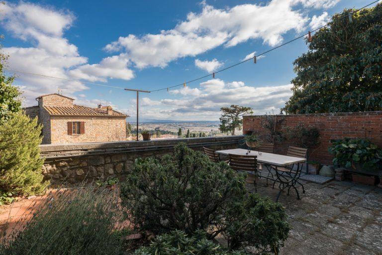 Apartament Lucignano Garden on the wall Panorama balcony (3)