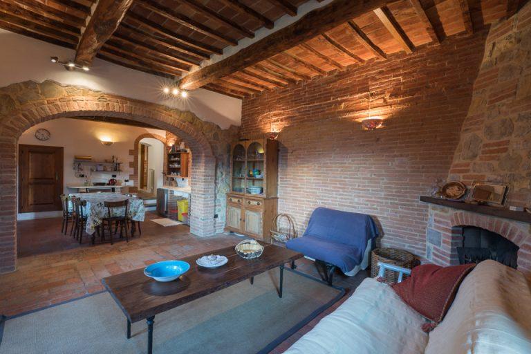 Villa with swimming pool Luisa Lucignano living room