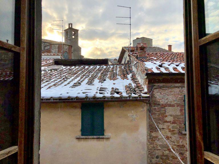 winter-view-from-the-bedroom-la-casa-sui-tetti