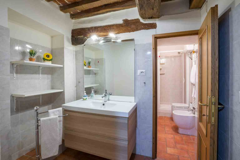 Appartamento-centro-Lucignano-n°8-versione-WEB-8